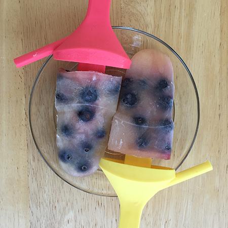 Blueberry_lemonade_popsicles